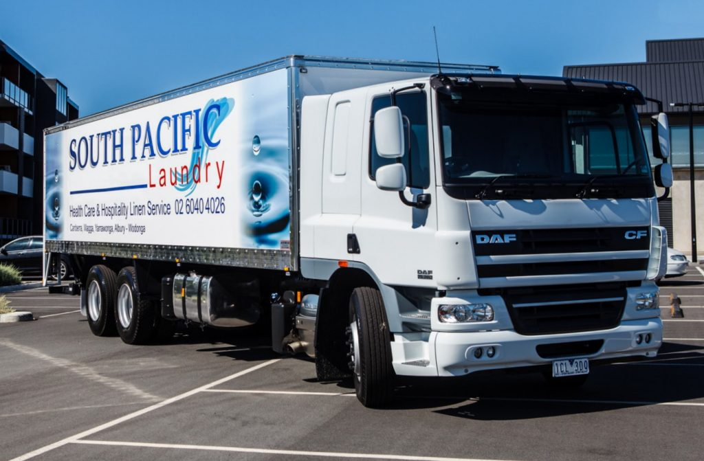 CLEANING UP WITH DAF - PACCAR DAF