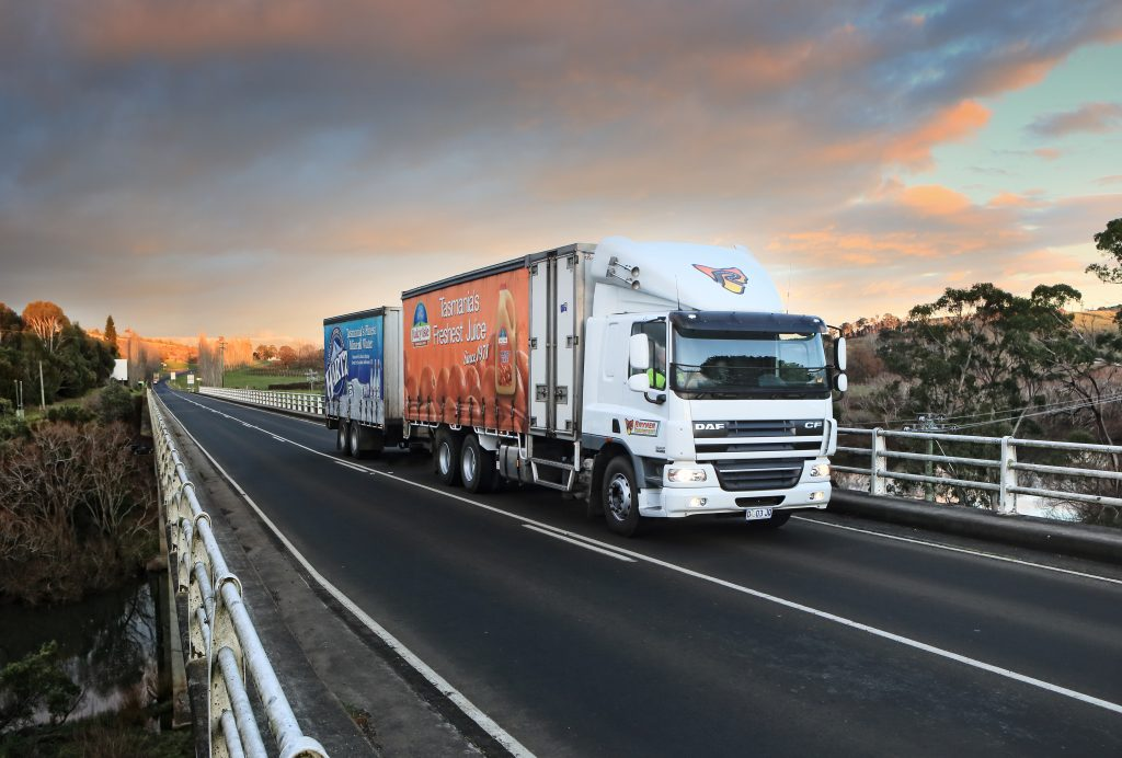 DAF TAKING CARE OF BUSINESS - PACCAR DAF